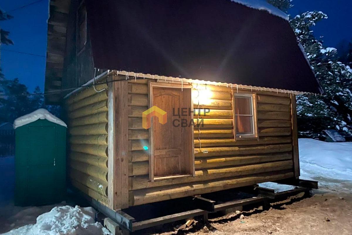 Подъем дома на винтовые сваи в Нурме